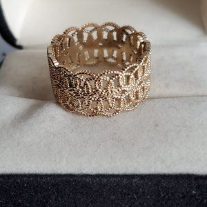Size 7 Gold Tone Open Lattice Work Ring Intricate